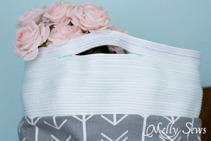 Shabby chic - Sew a Rope Handled Tote - DIY Tote Tutorial - Melly Sews