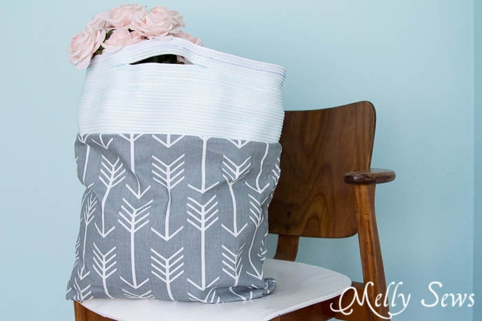 Clothesline Handled bag - Sew a Rope Handled Tote - DIY Tote Tutorial - Melly Sews