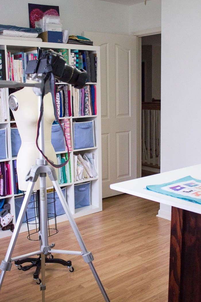 Over the shoulder camera - How to be your own production crew - my video setup and how I shoot my own videos - Melly Sews