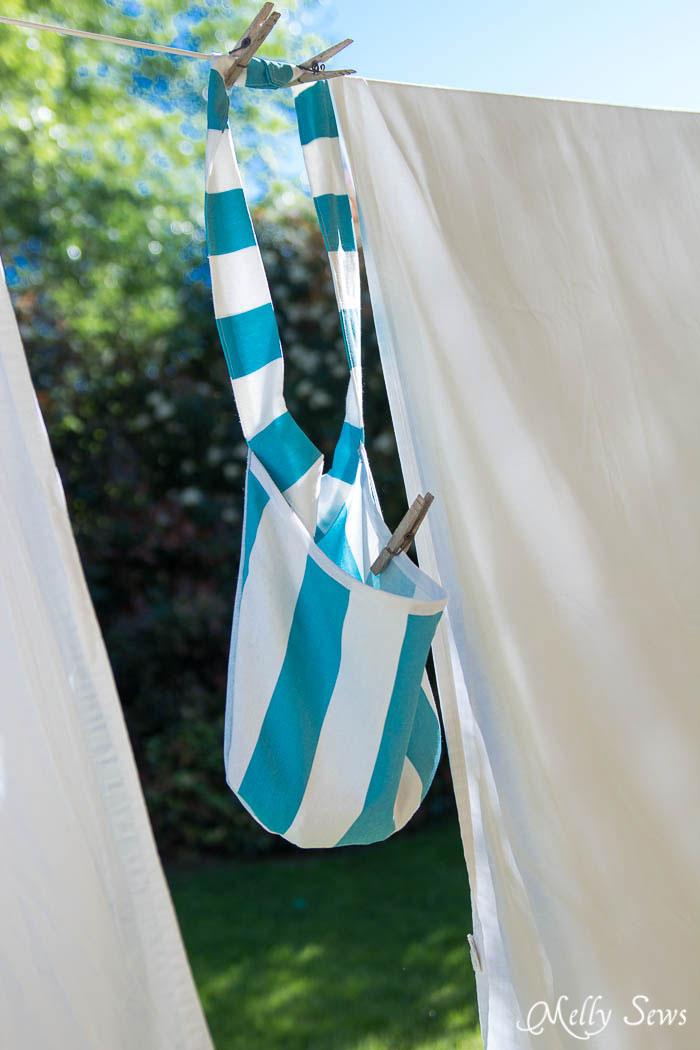 Sew a Clothespin Bag - Great way to keep clothespins close at hand - Melly Sews