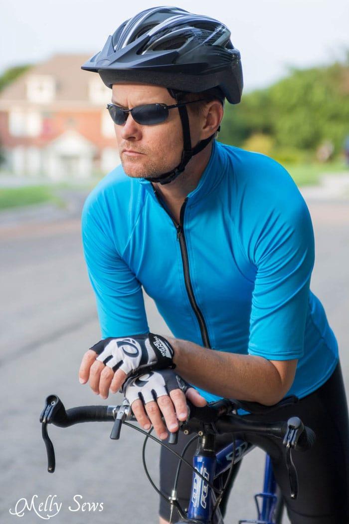 Men's DIY Bike Jersey - Sew a Bike Jersey - How to Modify a Women's Pattern for Men - Melly Sews