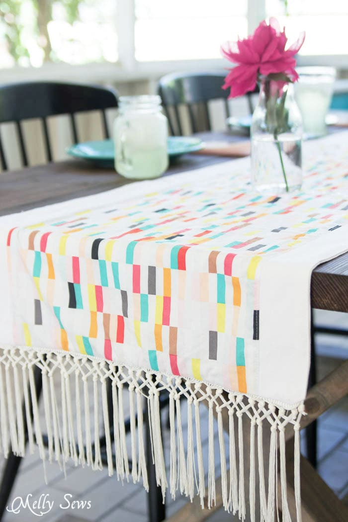 Sew a bohemian table runner - - Boho Fringe Table Runner Tutorial - Boardwalk Delight Fabrics - Melly Sews