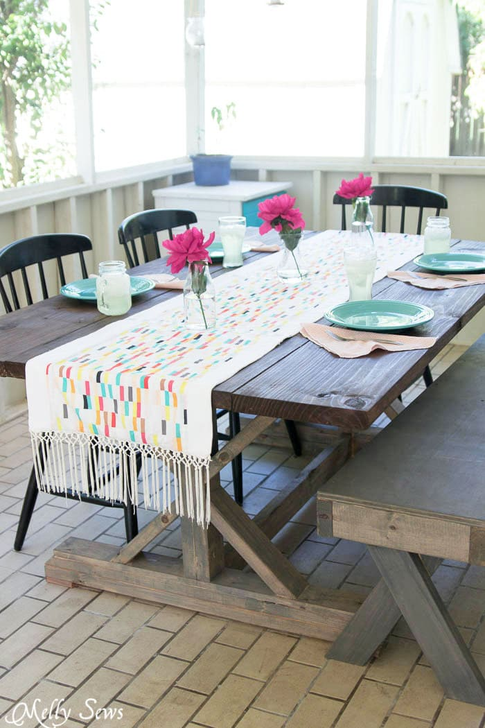 Outdoor table runner - Sew a DIY table runner - - Boho Fringe Table Runner Tutorial - Boardwalk Delight Fabrics - Melly Sews