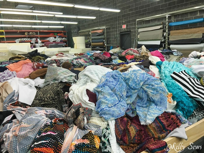 Remnant tables at Wherehouse Fabrics - Warehouse Fabric Shopping in Dallas - a Guide to Inexpensive Fabric - Melly Sews