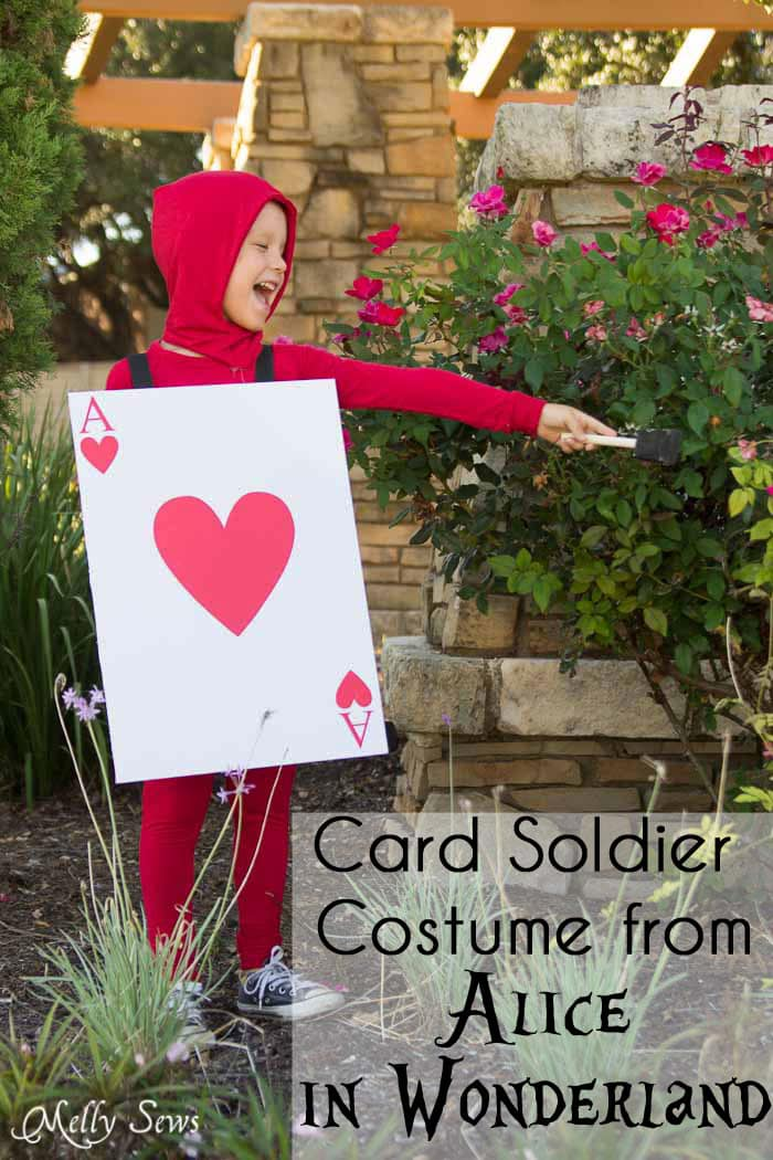 DIY Card Soldier Costume from Alice in Wonderland - Tutorial by Melly Sews