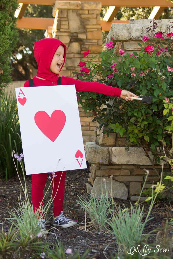 Painting the Roses Red - DIY Card Soldier Costume from Alice in Wonderland - Tutorial by Melly Sews