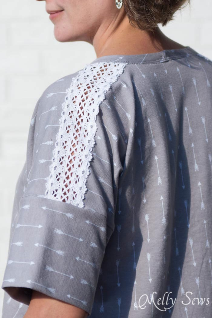 Lace sleeve seam - How to sew Lace Inset - Insert Lace in a Seam or anywhere else on a garment with this sewing technique - Melly Sews