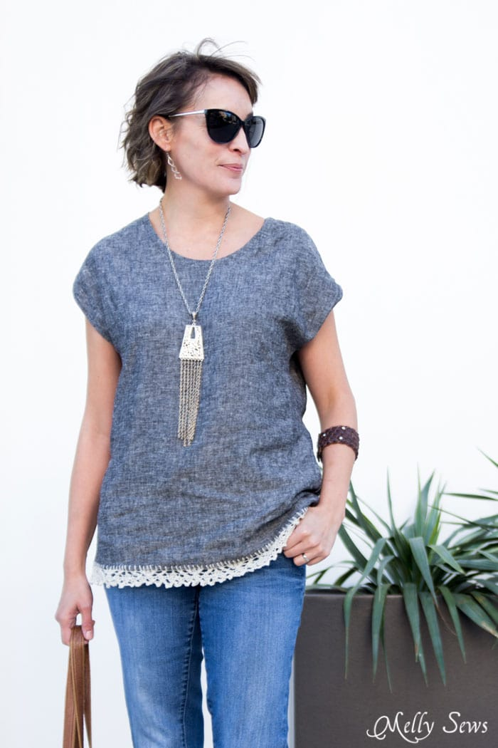 Blanc Tshirt pattern by Blank Slate Patterns in linen - Thrifted Necklace - Dolman sleeve top - How to Knit on Fabric - Create a Knitted Lace Edging on Fabric - a DIY Tutorial by Melly Sews