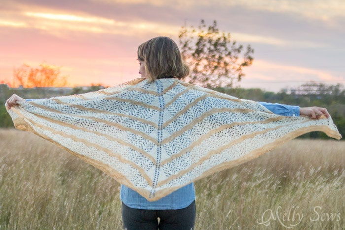 Full view - Lorelai Shawl knitting pattern by Very Shannon knitted by Melly Sews