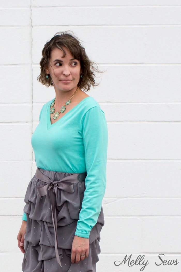 Dress up a T-shirt - Sew a V-neck Women's T-shirt - Use this free pattern and tutorial from Melly Sews. Every girl needs this!