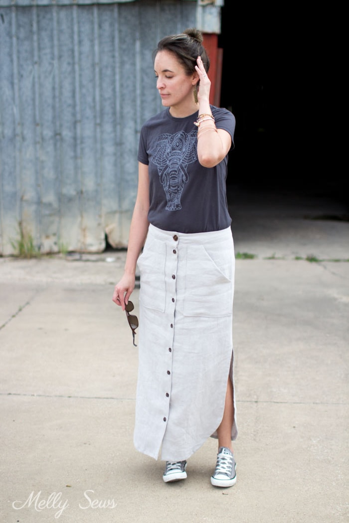 DIY Linen Maxi Skirt - Button Front Maxi Skirt Tutorial - Make a maxi skirt with a side slit - Melly Sews