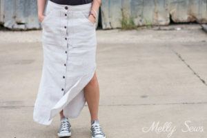 Skirt and Converse - Button Front Maxi Skirt Tutorial - Make a maxi skirt with a side slit - Melly Sews