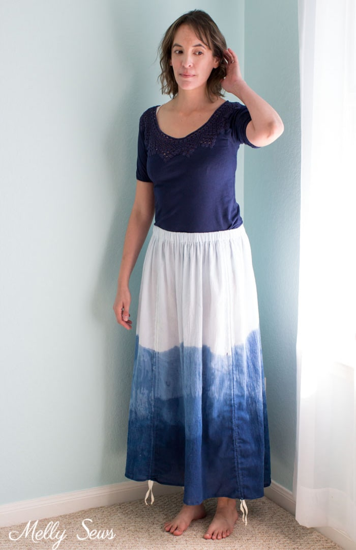 Long Shibori Dip Dyed Skirt - Sew an adjustable length skirt - make a skirt with ruching - a tutorial by Melly Sews