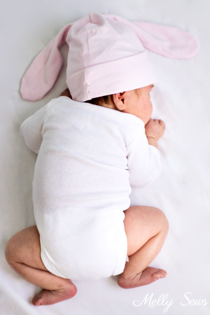 This is too cute! Sew a bunny hat - such a cute gift to sew for a baby! Tutorial from Melly Sews