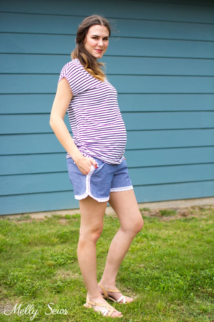 Cute casual maternity look - striped tshirt and chambray shorts - Lace trimmed chambray maternity shorts - free pattern and tutorial from Melly Sews