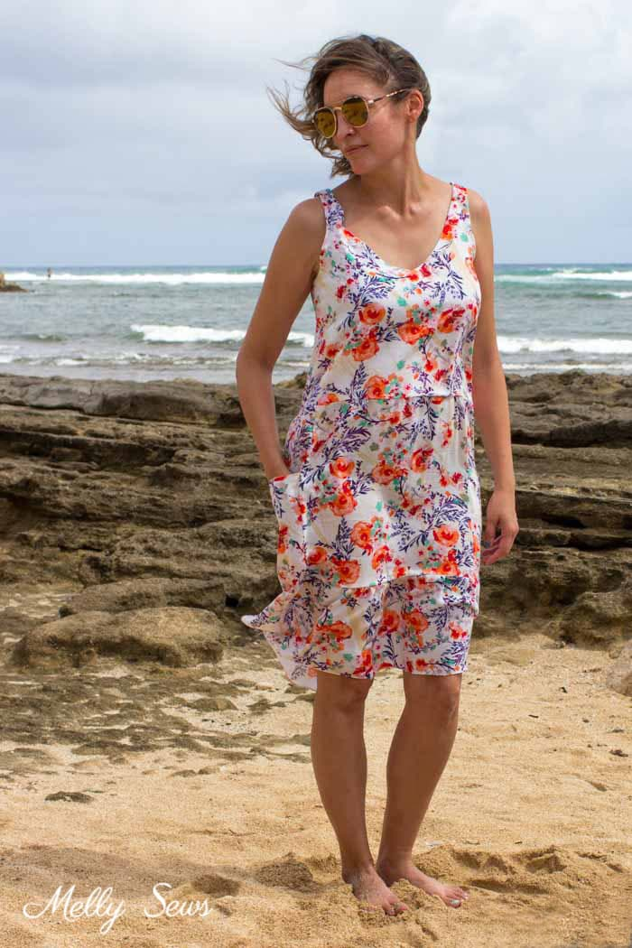 Pretty sundress! Sew a dropped waist floral sundress with big pockets - tutorial and pattern by Melly Sews