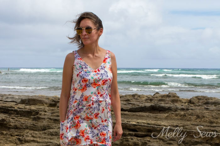Casual dress with pockets - Sew a dropped waist floral sundress with big pockets - tutorial and pattern by Melly Sews