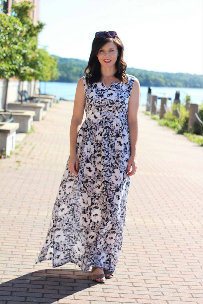 Auberley dress pattern by Blank Slate Patterns sewn By Margo of Creating In The Gap