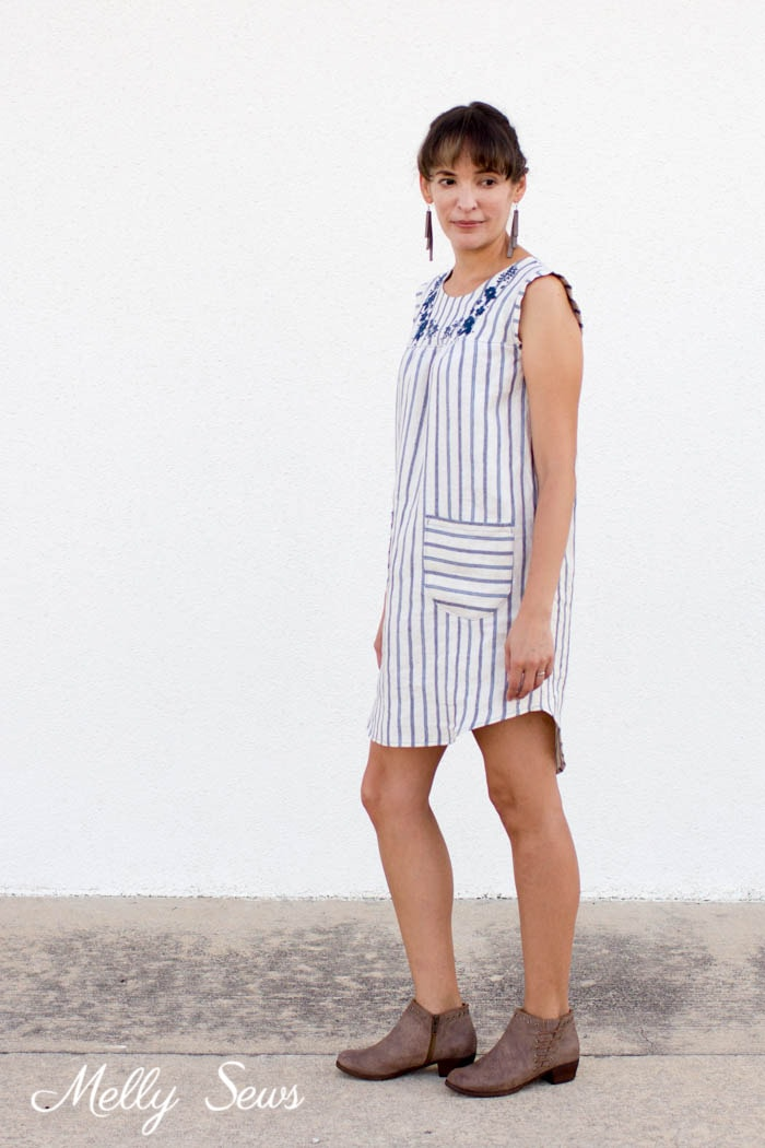 Casual linen dress - linen dresse from the Valetta pattern by Blank Slate Patterns sewn by Melly Sews
