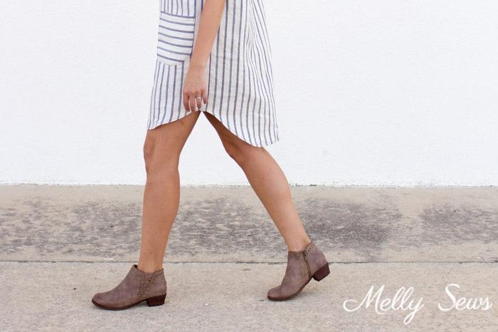 Shirttail hem dress - linen dress from the Valetta pattern by Blank Slate Patterns sewn by Melly Sews