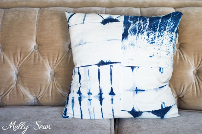 Shibori Pillow on Velvet Couch - How to Sew a Pillow with an Invisible Zipper - Pillow Cover with Zipper - Video tutorial by Melly Sews