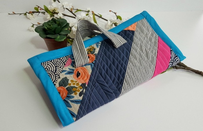 Quilted Jewelry Case from Melly Sews sewn by Helena Osorio