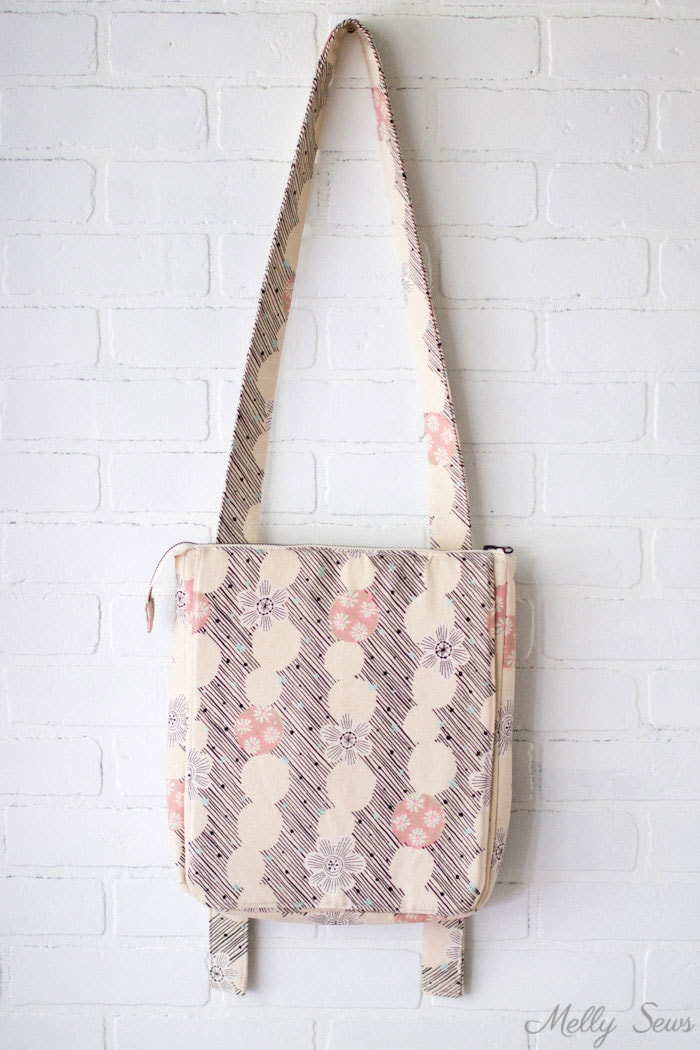 Hyacinth bag - Sew the perfect travel bag - converts from a messenger bag to a backpack - Melly Sews