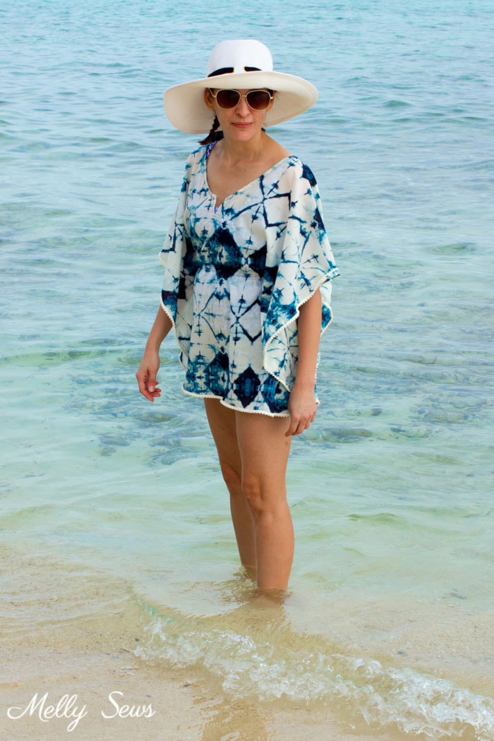 Boho style beach cover up - Make a beach cover up - Easy and cute DIY tutorial - sew a swimsuit cover - Melly Sews
