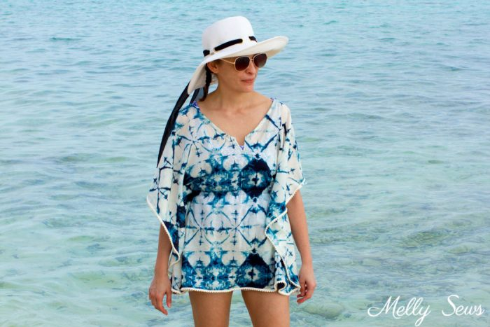 Sew for Summer -Make a beach cover up - Easy and cute DIY tutorial - sew a swimsuit cover - Melly Sews