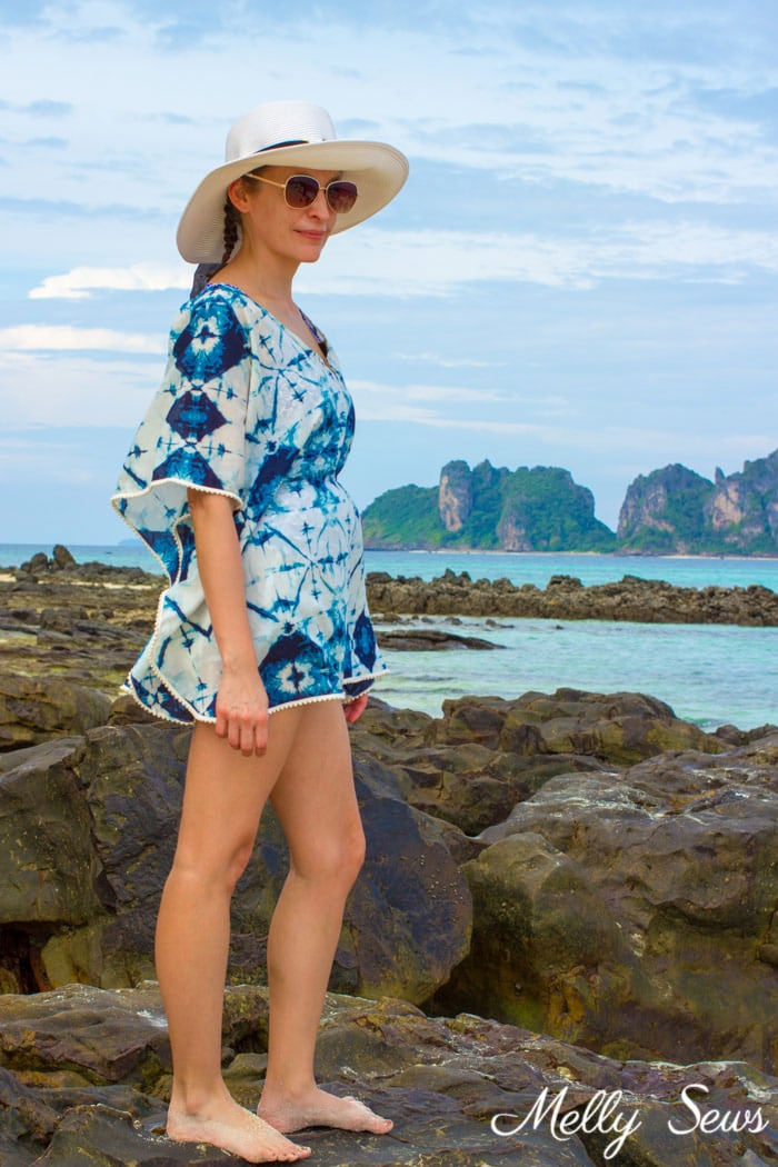 Beach in Thailand Phi Phi islands - Make a beach cover up - Easy and cute DIY tutorial - sew a swimsuit cover - Melly Sews
