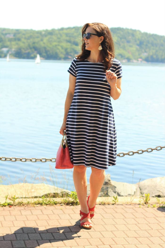 Shoreline Boatneck sewing pattern from Blank Slate Patterns sewn by Creating in the Gap