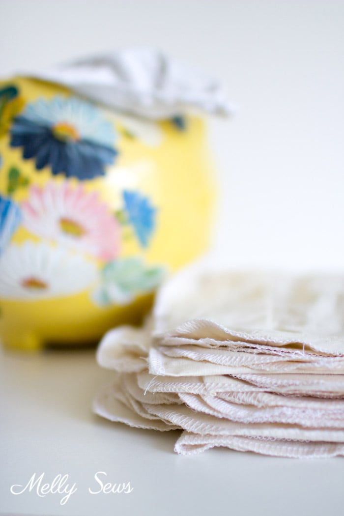 Genius! How to Make Reusable Paper Towels - Use your Fabric Scraps in an Eco Sewing Project - Melly Sews
