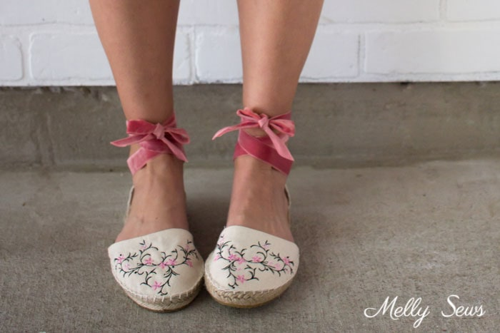 Tie up espadrilles - DIY Espadrilles - Make your own shoes - Melly Sews