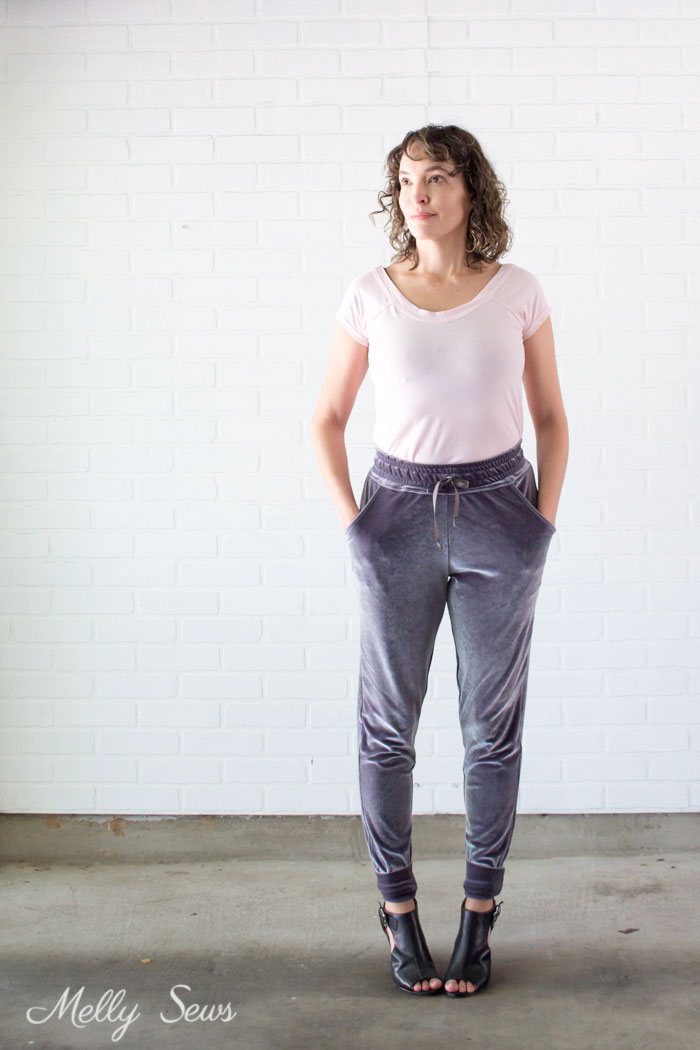 Comfy lounge outfit - Learn to Sew a Drawstring Waistband - Jogger Pants Waistband How To