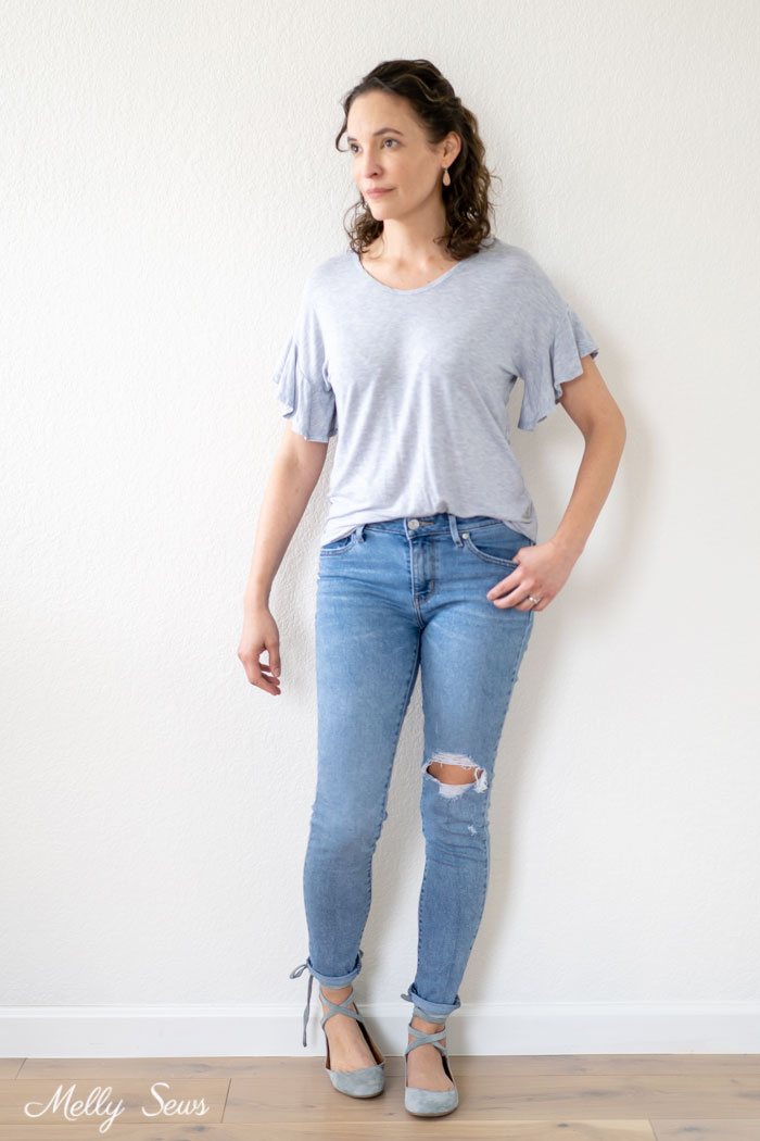 Pretty t-shirt and jeans outfit - How to Sew a Circle Sleeve - Sleeve Ruffle Tutorial - Melly Sews