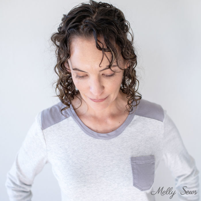 Gray t-shirt - How to Sew a Contrast Shoulder - T-shirt Hack by Melly Sews