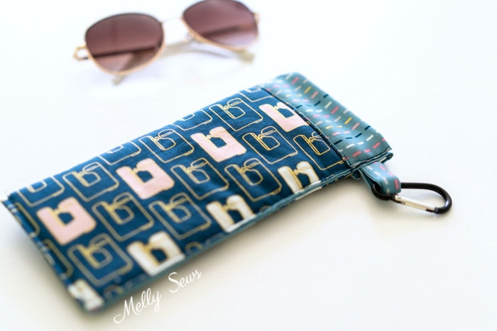 DIY glasses case - Sew a sunglasses pouch