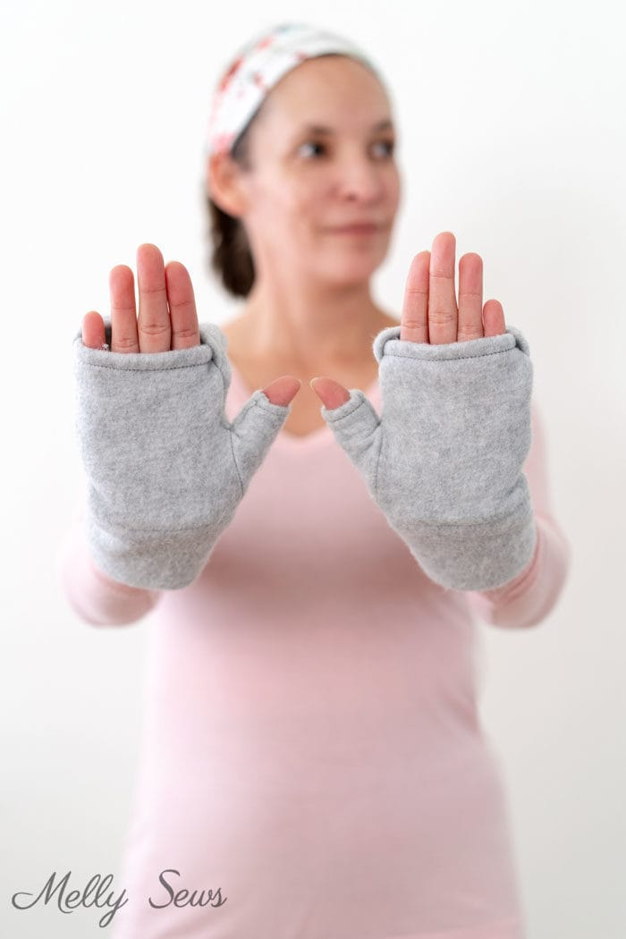 Gray fleece fingerless mittens sewing tutorial